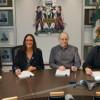 Signature officielle de la convention collective du personnel professionnel de l'UQTR