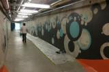 Un tunnel aux couleurs sportives transformé par six étudiants en arts visuels
