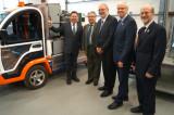Le ministre Pierre Arcand visite l'Institut de recherche sur l'hydrogène