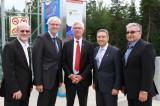 Le ministre Jim Carr en visite à l'Institut de recherche sur l'hydrogène de l'UQTR