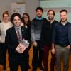 Douze diplômés en communication sociale de l'UQTR publient un ouvrage scientifique collectif sur les médias et la société