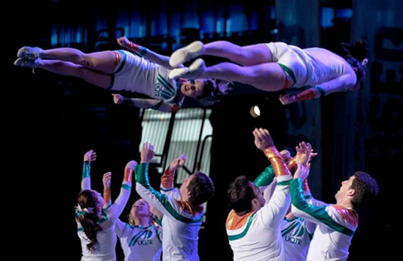 La formation des Patriotes Cheerleading en action. (Photo: Patriotes cheerleading)